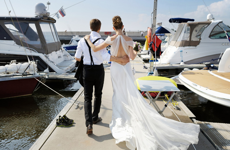 Wedding couple at The Inn at Harbor Shores.