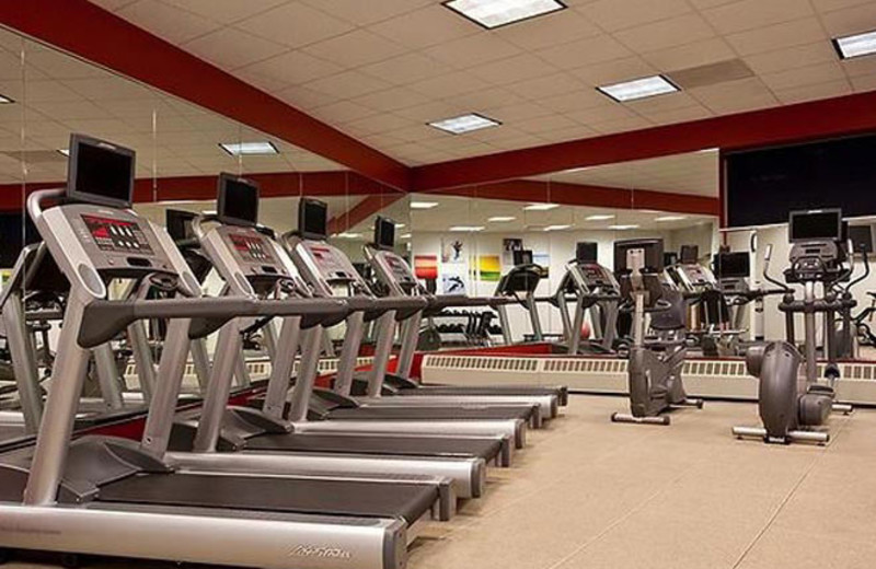 Fitness Center at Holiday Inn and Suites Chicago O'Hare Rosemont Hotel