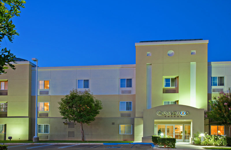 Exterior view of Candlewood Suites Orange County/Irvine Spectrum.