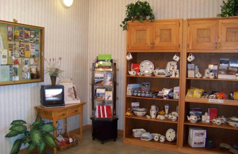 Gift shop at Bar Harbor Quality Inn.