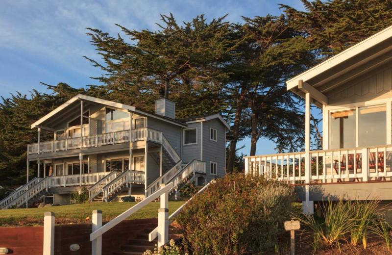 Exterior view of Sea Rock Inn.
