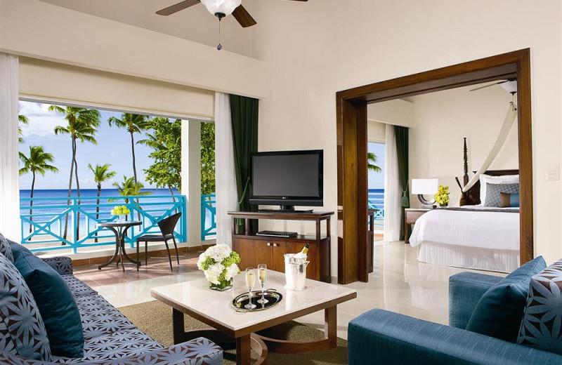 Guest room at Dreams La Romana Resort & Spa.