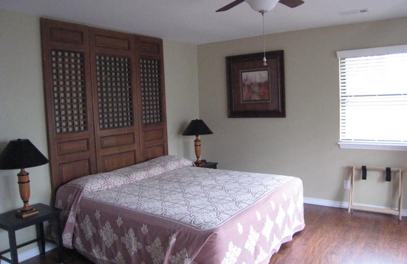 Guest bedroom at Rocky Branch Resort.
