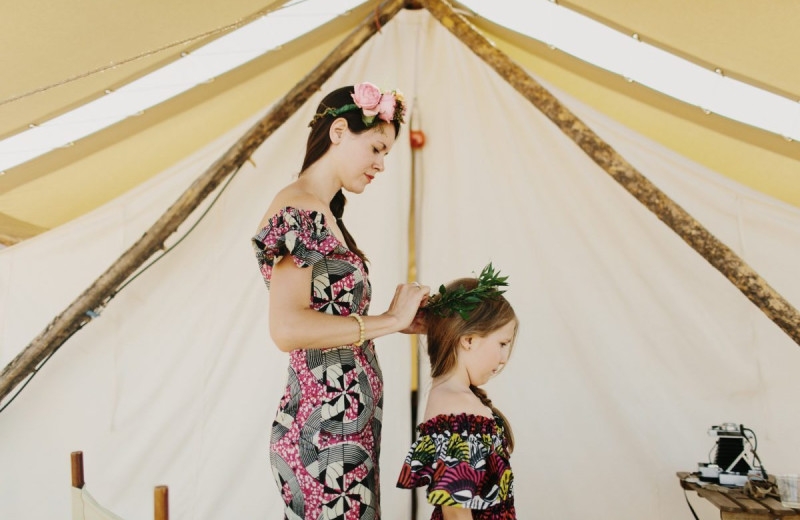 Weddings at Under Canvas Great Smoky Mountains.