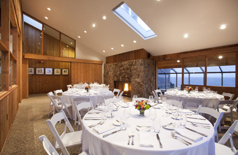 Wedding receptions at Sea Ranch Lodge.