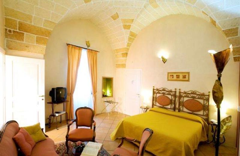 Guest room at Hotel Palazzo Baldi.
