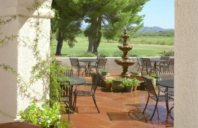Country Club Patio at Esplendor Resort