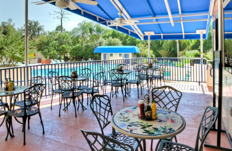 Poolside Dining at Best Western Lake Buena Vista