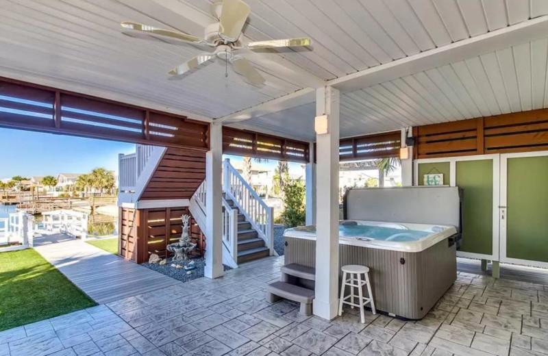 Rental hot tub at Williamson Realty Vacations.