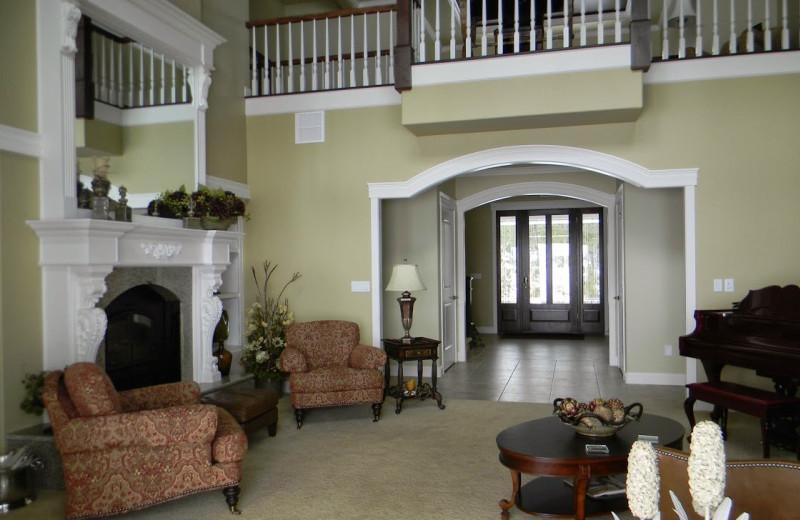 Lobby view at Summer Creek Inn & Spa.