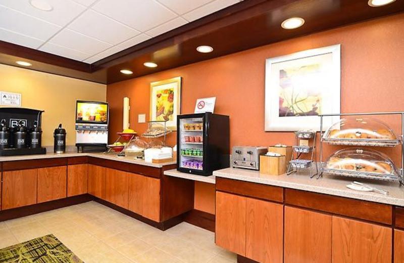 Breakfast Nook at the Fairfield Inn & Suites