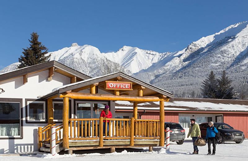 Exterior view of Rocky Mountain Ski Lodge.
