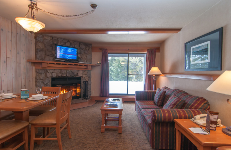 Guest living room at Hidden Ridge Resort.