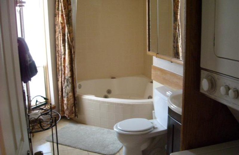 Guest bathroom at Lori's Luxury Rentals.