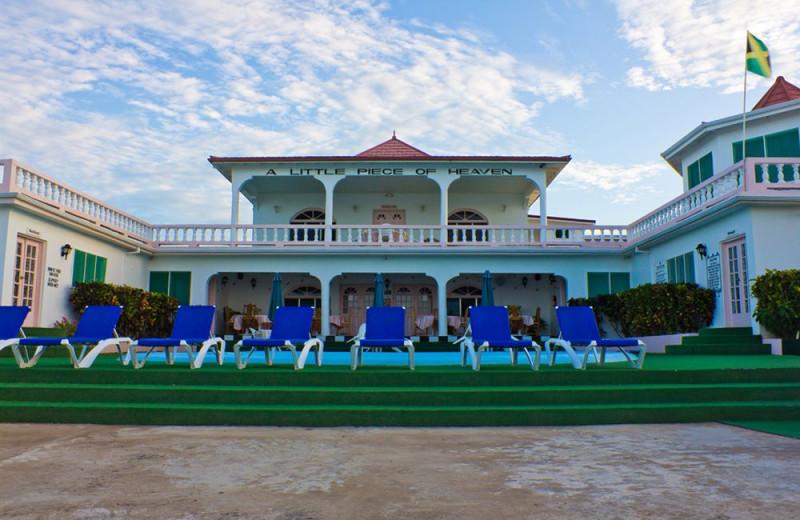 Exterior view of Sunset Resort at Treasure Beach.