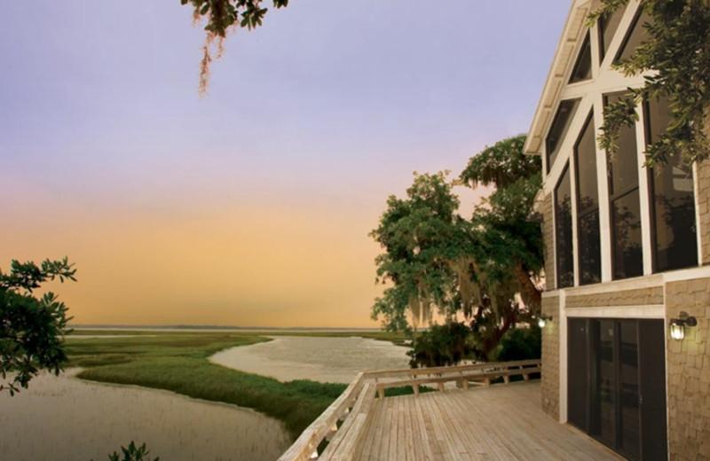 Exterior view of Omni Amelia Island Plantation.