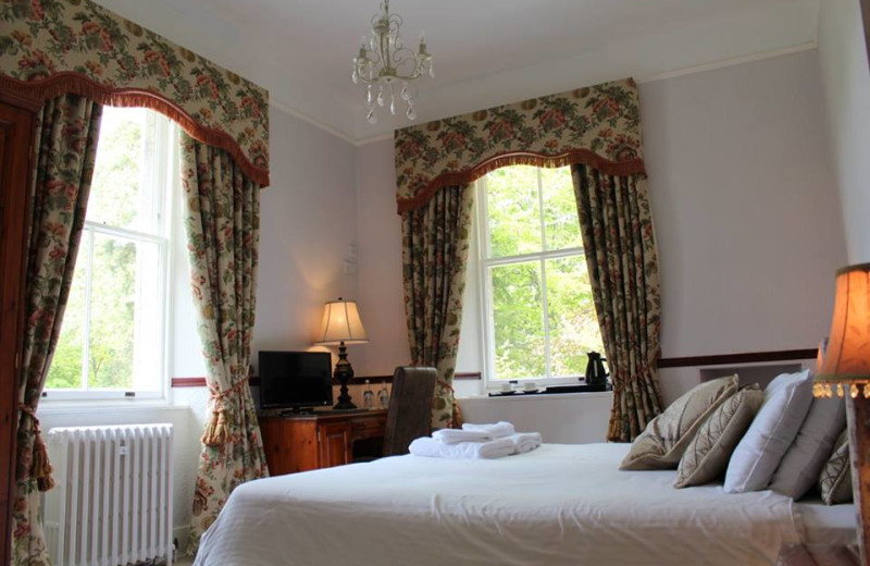 Guest room at Glen Lui Country House Hotel.