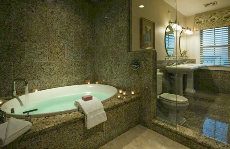 Bathroom of the Presidential Suite