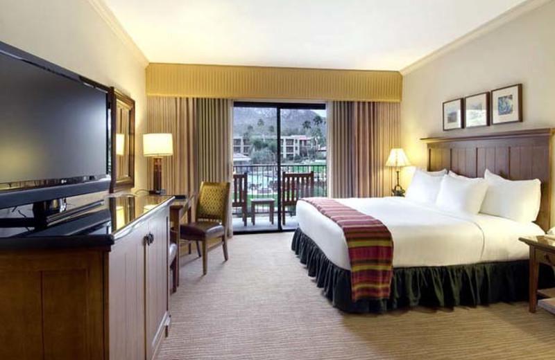 Guest room at Hilton Tucson El Conquistador Golf & Tennis Resort.