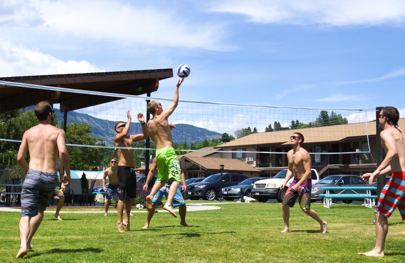 Volleyball at Mountain View Lodge.