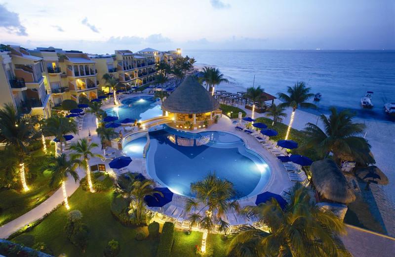 Exterior view of Gran Porto Real Resort and Spa Playacar.