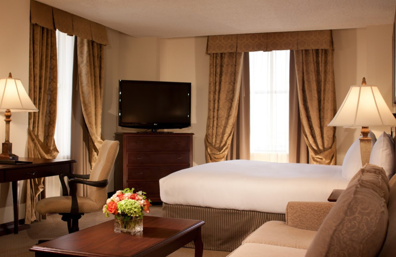 Guest room at Hilton Fort Worth.