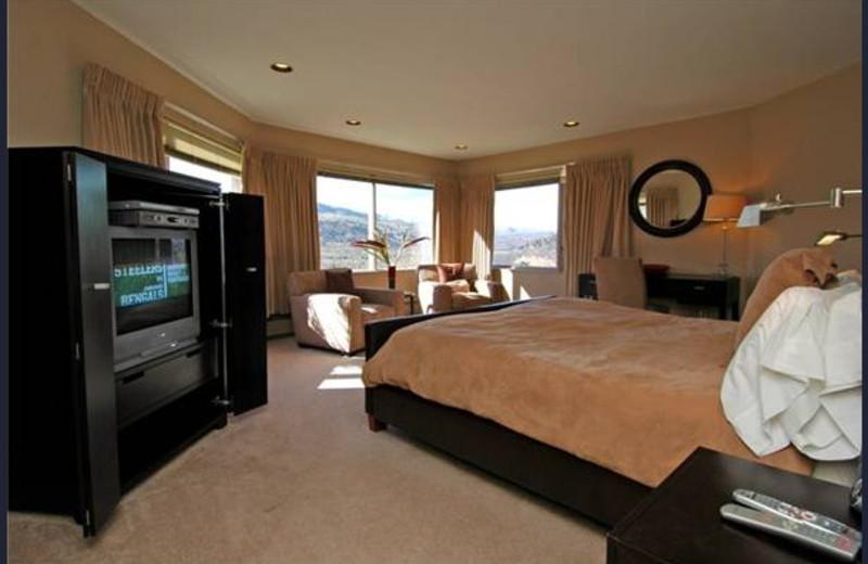 Rental bedroom at Frias Properties of Aspen - Red Mountain Retreat.