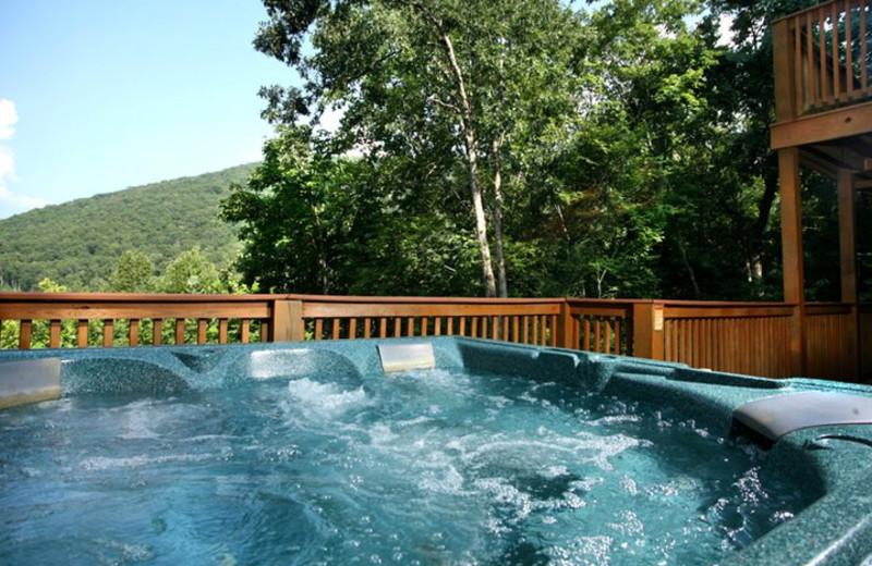 Rental hot tub at Jackson Mountain Homes.