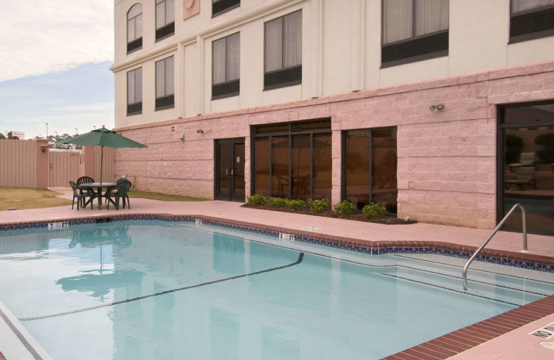Outdoor pool at Wingate by Wyndham Columbus.