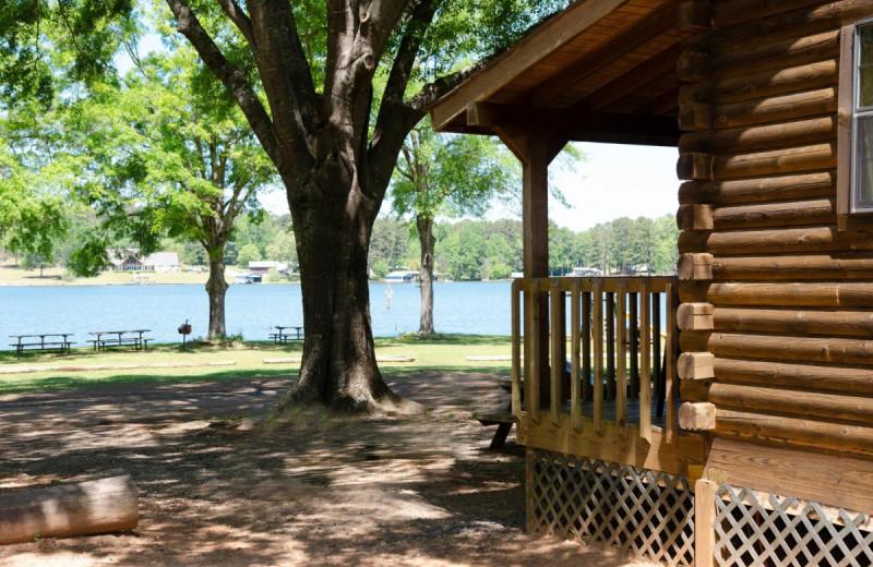 Cabin lake view at Kel's Kove.