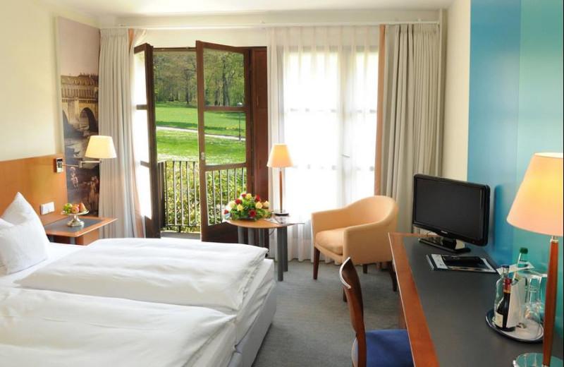 Guest room at Schloss Eckberg.