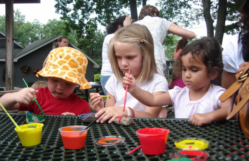 Kids activities at Woodloch Resort.
