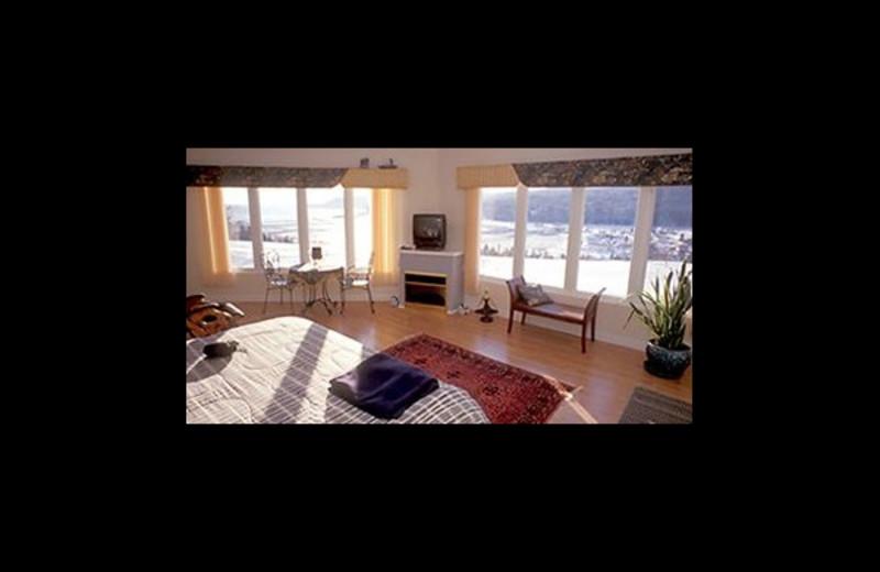 Guest room at Cliffside Suites & Cottage.