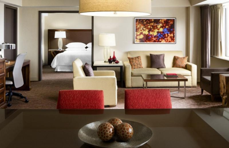Guest suite at Le Centre Sheraton.