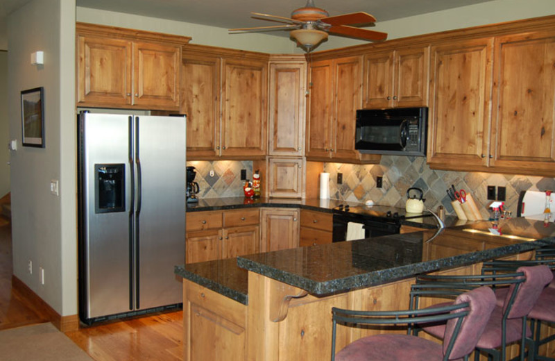 Guest kitchen at Recreation Properties.