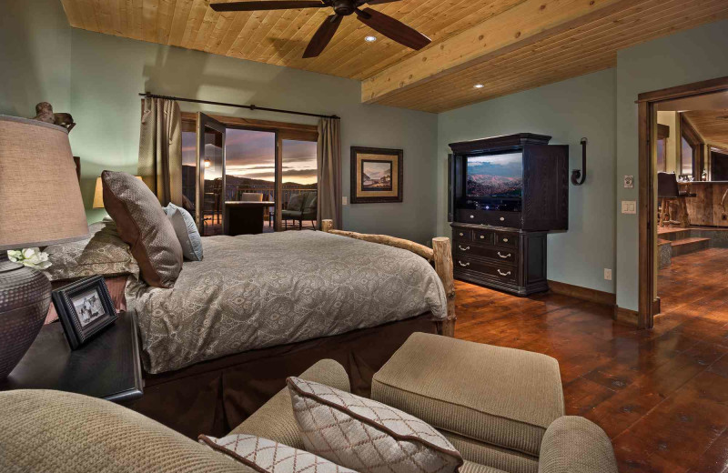 Rental bedroom at Moving Mountains.