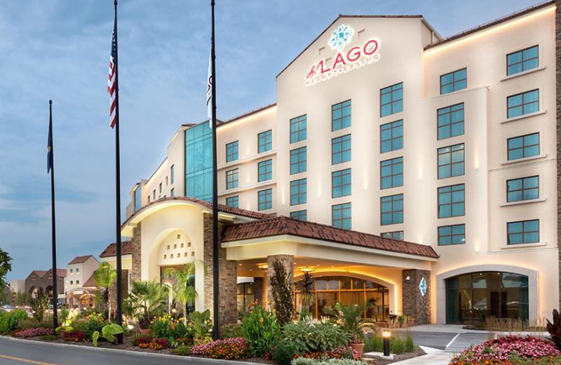Exterior view of Del Lago Resort