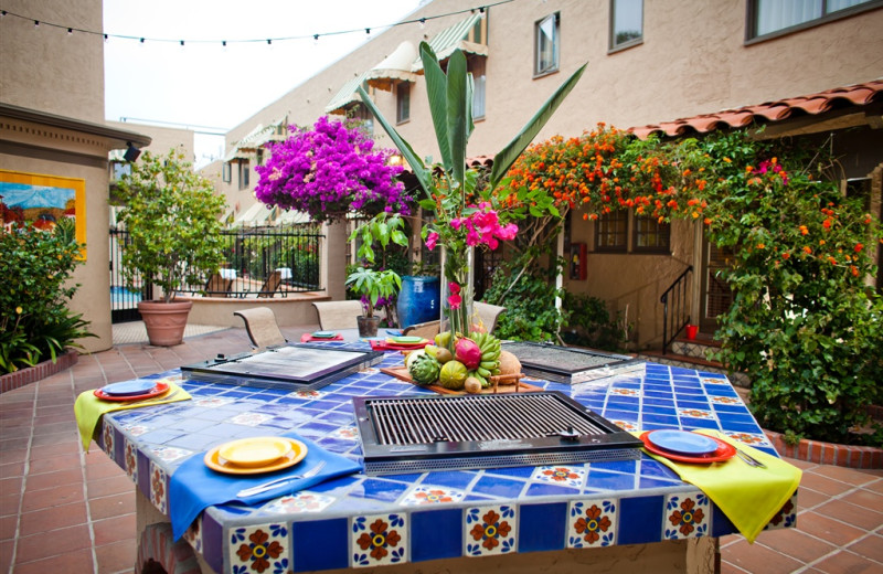Outdoor dining at El Cordova Hotel.