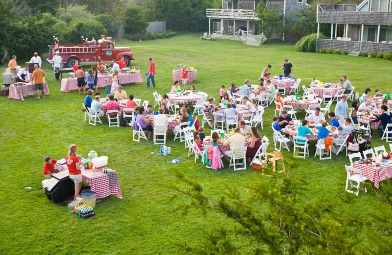 Dinning at Winnetu Oceanside Resort.