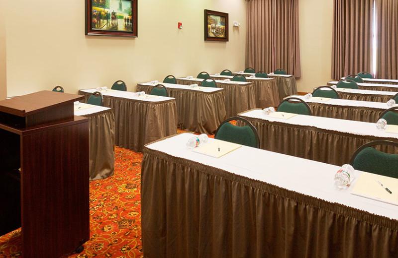 Meetings room at Best Western Plus Sunset Suites Riverwalk.