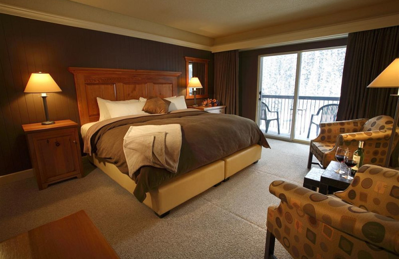 Guest room at Deer Lodge.