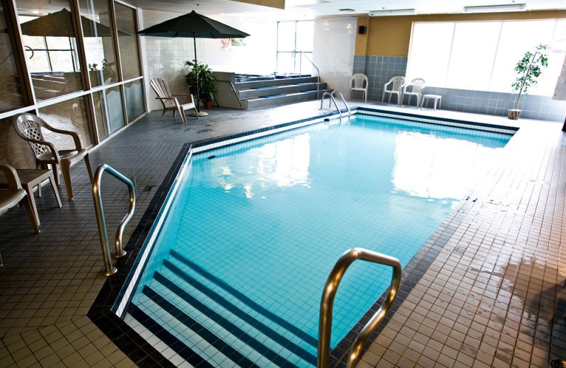 Indoor pool at Delta Trois-Rivieres Hotel and Conference Centre.