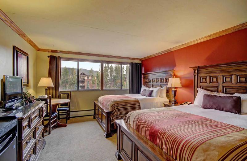 Guest bedroom at Beaver Run Resort & Conference Center.