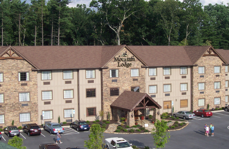 Exterior view of Mountain Lodge & Conference.