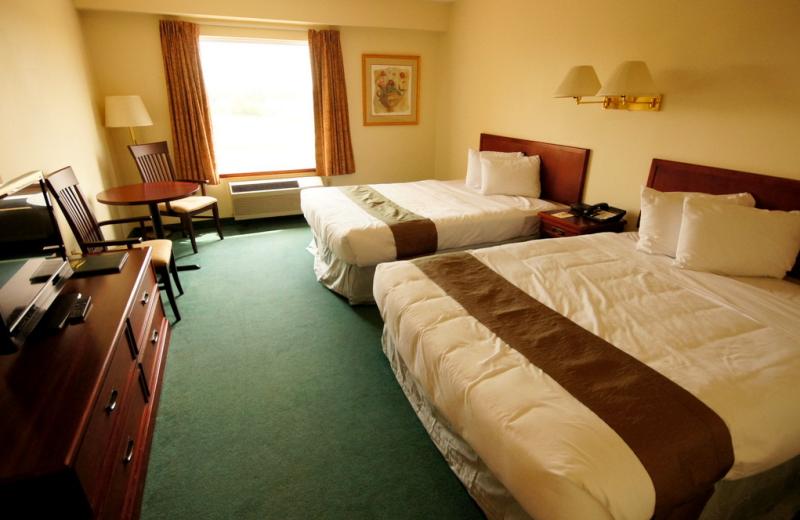 Guest Room at the Peninsula Inn & Resort