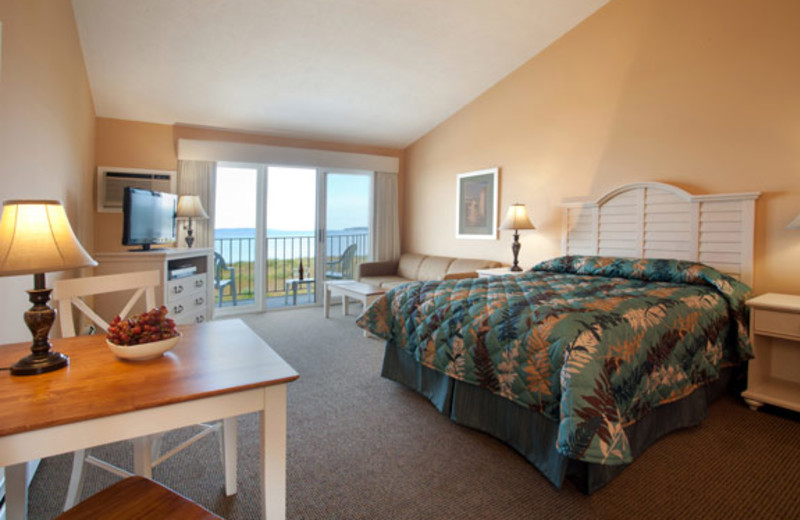 Guest room at The beach at Pointes North.