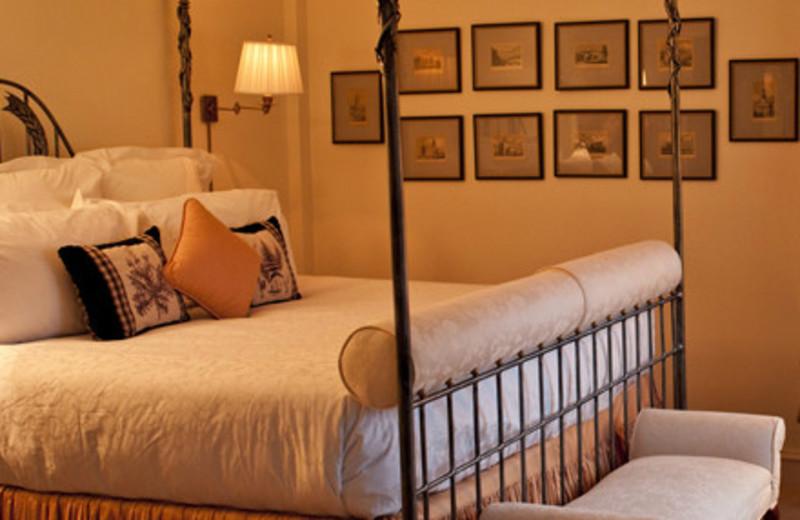 King bedroom at Keswick Hall.