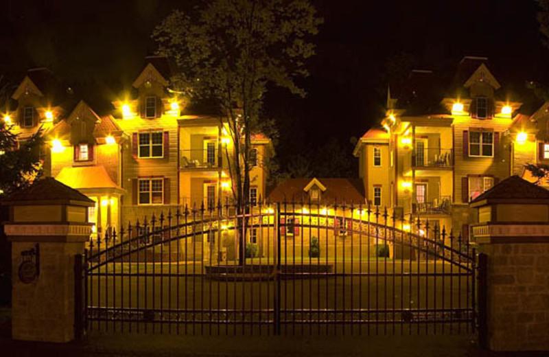 Condos Exterior View at Complexe le 60