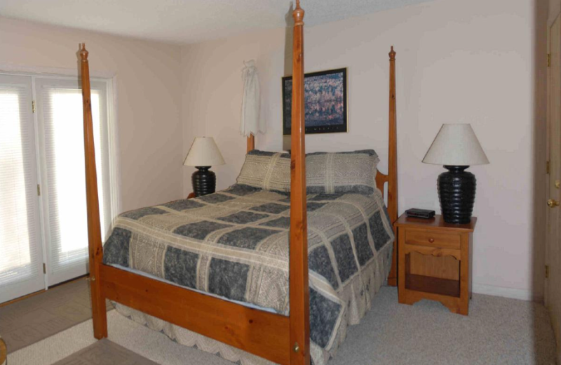 Vacation rental bedroom at Beaver Ridge and Northpoint.