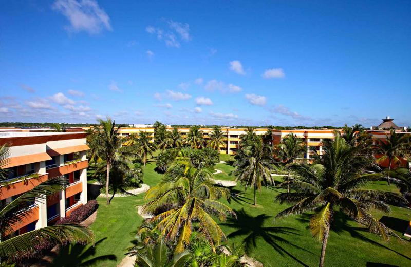 Exterior view of Bahia Principe Tulum.